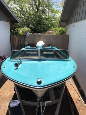Vintage 68 hydroswift with Johnson 100 for Sale in Phoenix, AZ