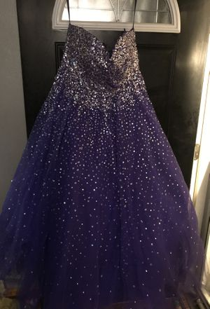 Prom dress for Sale in Springfield, IL