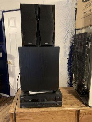 Onkyo 7.1 surround sound system HT-R560 for Sale in Glendale, AZ