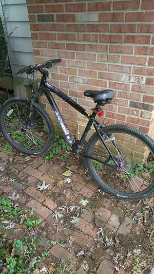Specialize hard Rock custom mountain bike for Sale in Baltimore, MD