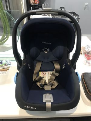 Uppababy mesa car seat navy blue base expires 6/5/2025 for Sale in Fort Lauderdale, FL