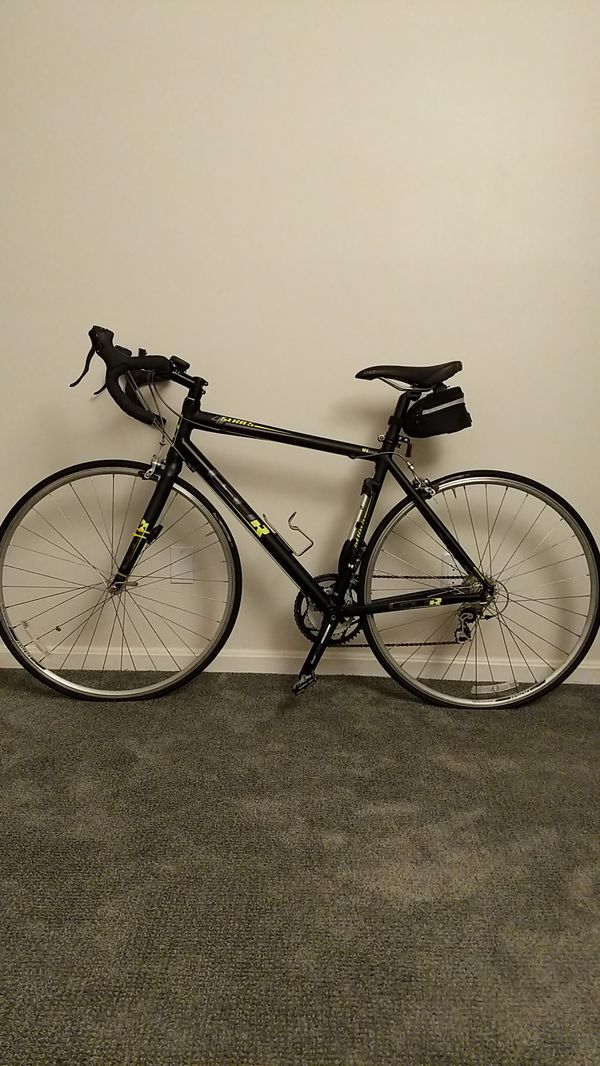 Road Bycicle - GTR 4 Series with tools