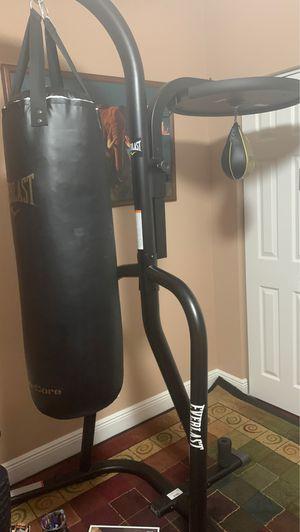 *read description* punching bag set up for Sale in Wellington, FL