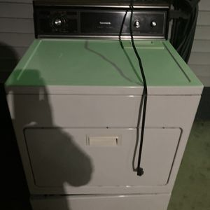Gas Dryer for Sale in Woodbury Heights, NJ