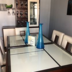 Dining Room Table & China Cabinet for Sale in Flossmoor,  IL