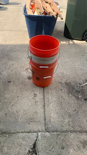 Buckets for Sale in Grove City, OH