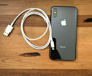 Apple iphone xs max 64gb for Sale in Beverly Hills, CA
