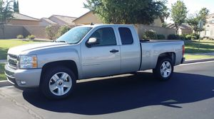 2007 Chevy Silverado Extended Cab LT for Sale in Chandler, AZ