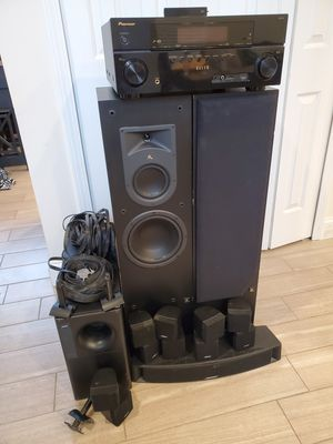 complete surround sound set up for Sale in Ypsilanti, MI