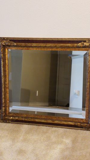 Mirror 30x26 for Sale in Odenton, MD