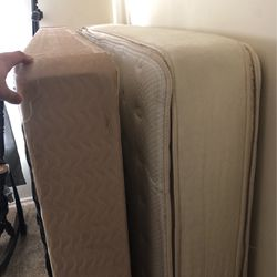 Queen Mattress And Box Spring for Sale in Basking Ridge,  NJ