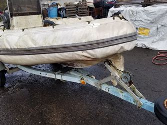 Zodiac Model 420 RIB, Inflatable Boat, 40hp Suzuki, Trailer for Sale in Gresham,  OR