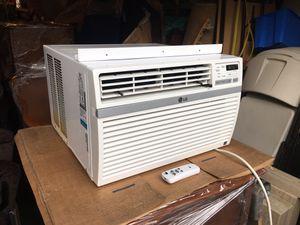 GREAT DEAL on a LG Window AC Unit! 8,000 BTU's! for Sale in Everett, WA