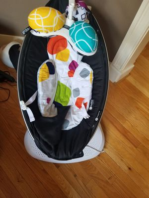 4 Moms mamma roo baby seat for Sale in Annandale, VA