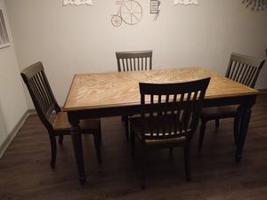 Dinning table 4 chairs for Sale in Sarasota, FL