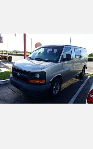 03' Chevy G1500 Express Cargo Van Ice AC for Sale in Miramar, FL