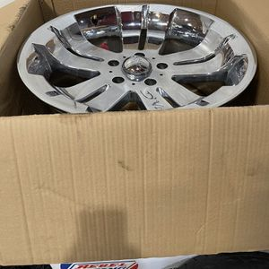 New 20s 5 Lugs Set Of 4 Chevrolet / GMC for Sale in Corona, CA