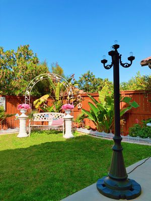 Outdoor lamp post for Sale in Corona, CA