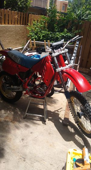 Cr250 Rolling Frame No Motor for Sale in Miami, FL