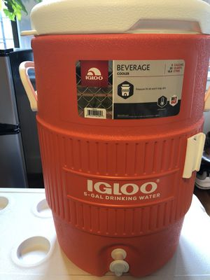 Igloo 5 gallon beverage cooler. for Sale in Bronx, NY