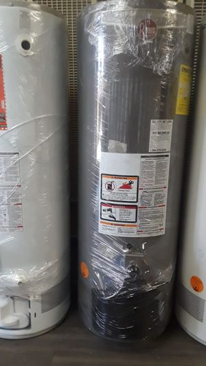 Special sale water heater today for 320 whit installation included for Sale in Riverside, CA