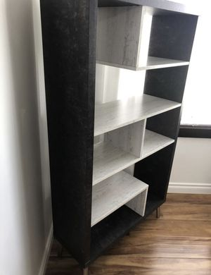 Mid century modern book shelf for Sale in Clackamas, OR