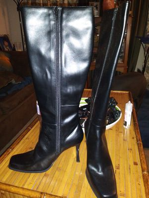 New womens boots for Sale in Baltimore, MD