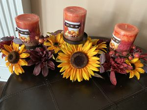 Beautiful flower centerpiece & Wall amount Candle holder ( set 2) for Sale in Clarksburg, MD