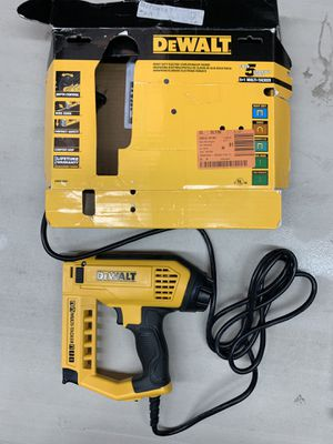 DEWALT ELECTRIC BRAD NAILER/ STAPLE GUN / STAPLER 5-IN-1 MULTI TACKER DWHT75021 for Sale in Garden Grove, CA