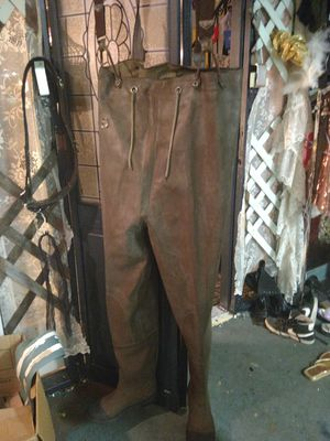 Steel shank waders awesome condition for Sale in Tacoma, WA