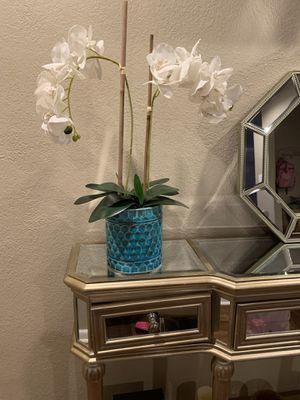 Florero adornos y cuadro for Sale in Fort Worth, TX
