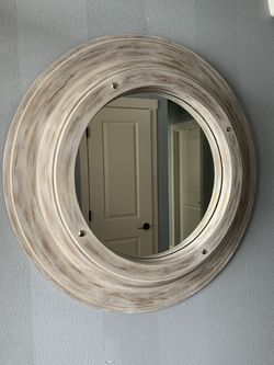 "Round Bassett Mirror !!! 36"" D for Sale in Vancouver,  WA"