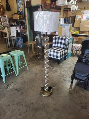 Floor lamp for Sale in West Covina, CA
