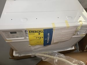 GE Smart AC GE APPLIANCE SMART ROOM AIR CONDITIONER 1000 sqft 18000 BTU OBO for Sale in Orlando, FL