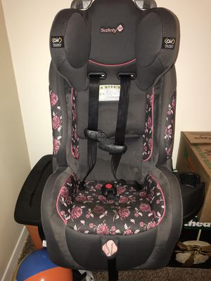 Safety 1st air 70 convertible car seat for Sale in Elgin, IL