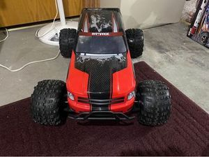 Redcat racing rampage XT for Sale in Traverse City, MI