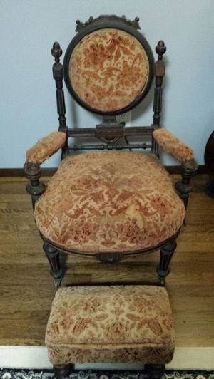 AWESOME 19TH CENTURY ANTIQUE FURNITURE!!! for Sale in Renton, WA