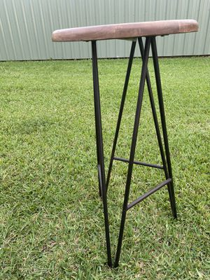 Bar stools- Wooden seat and metal base for Sale in Crosby, TX