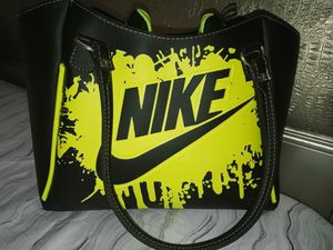 Nike Shoe and bag set for Sale in Winston-Salem, NC
