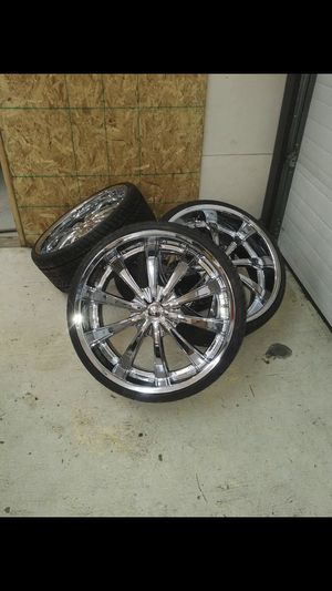 Chrome 24 inch 5lug rims and tires for Sale in Pflugerville, TX