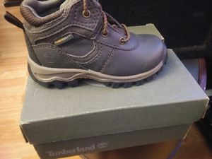 Baby timberlands sz7. for Sale in North Brunswick Township, NJ