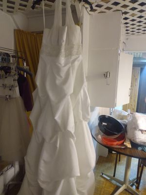 Wedding dress for Sale in Liberty, MO