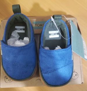 Toms baby shoes for Sale in Brooklyn, NY