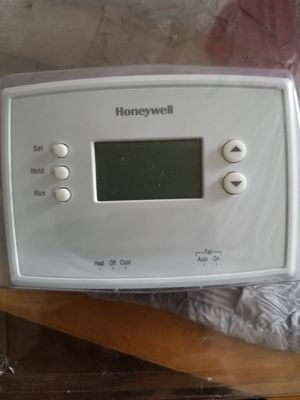Honeywell thermostat for Sale in Largo, FL