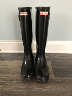 Hunter tall rain boot size 9 for Sale in Oakdale, PA