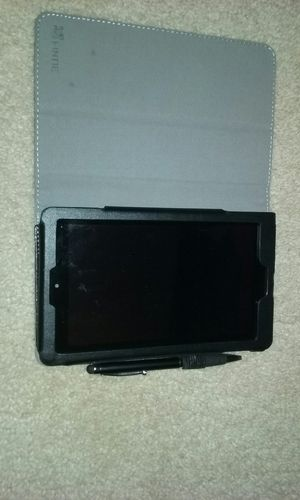 Kindle fire with case for Sale in Des Moines, WA