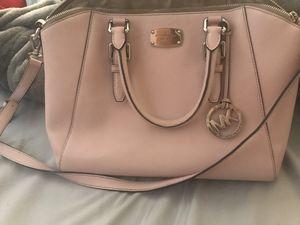 Mk purse for Sale in Salinas, CA