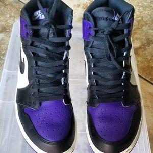 Jordan 1 Retro High Court Purple Size 11 for Sale in Sloan, NV