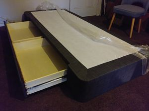 CK Box Spring w/ Secret Drawers for Sale in Jurupa Valley, CA