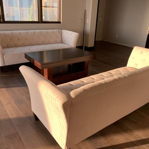 2 Sofas & Coffee Table For Sale for Sale in San Diego, CA